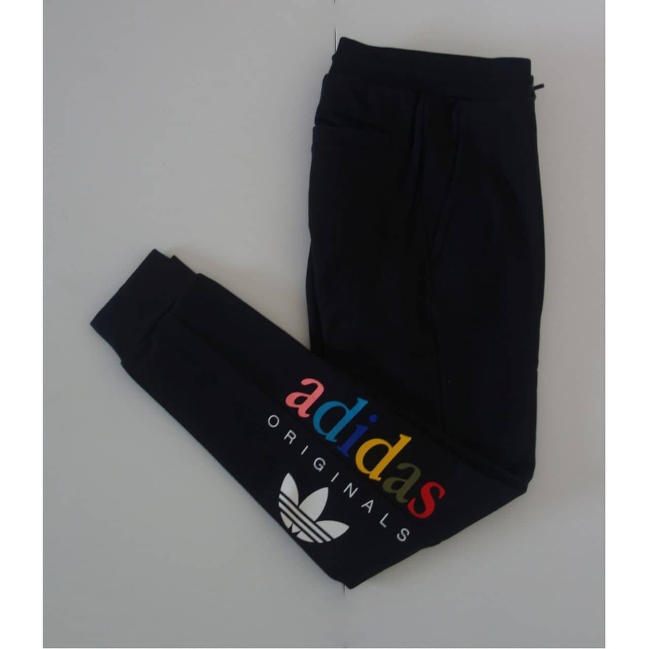 PANTALONI ORIGINALI ADIDAS REGULAR CUFFED - AY6612
