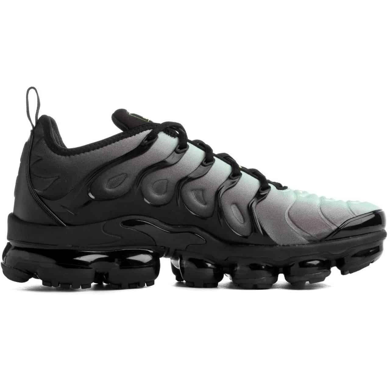 ADIDASI NIKE AIR VAPORMAX PLUS - CW7478 001 18
